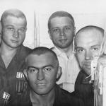 Андрияшин (справа), Огурцов А.М. (первый слева), Федерко Г. (второй слева), Калашников Е.Н., Воронков Иван